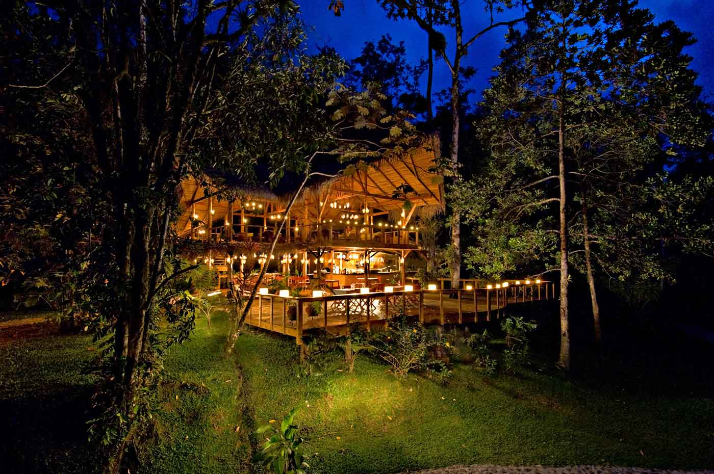 Restaurant bei Nacht - Pacuare Lodge Fluss- Costa Rica