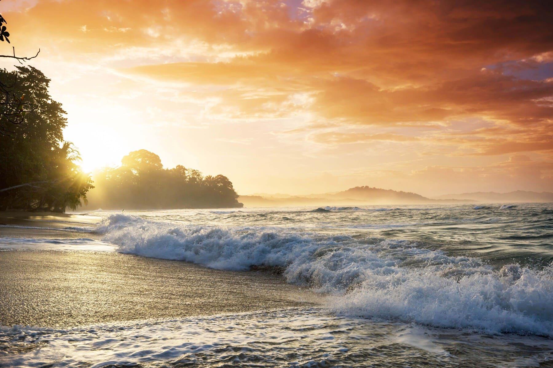 Radermacher Reisen - Sonnenuntergang - Costa Rica