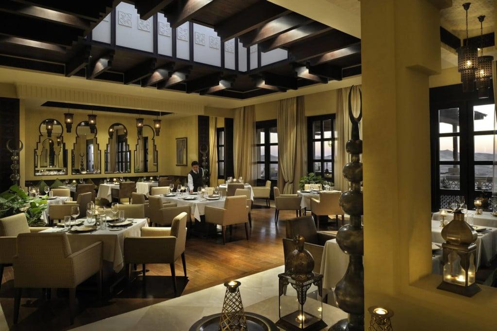 Qasr Al Sarab - restaurant