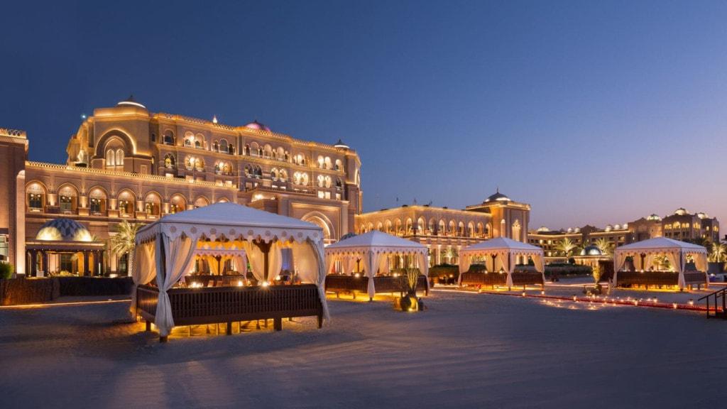 Emirates Palace - außen