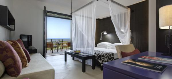 csm_RFH_Verdura_Resort_-_Deluxe_Room_4211_Jul_17_1aca5280cd