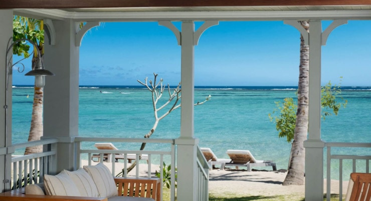St. Regis Mauritius - terrasse am Meer