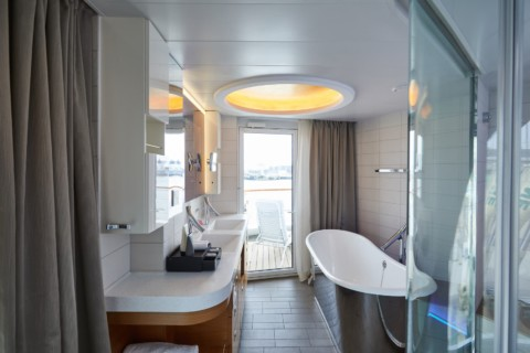HANSEATIC Expeditions - Schiffe - Badezimmer
