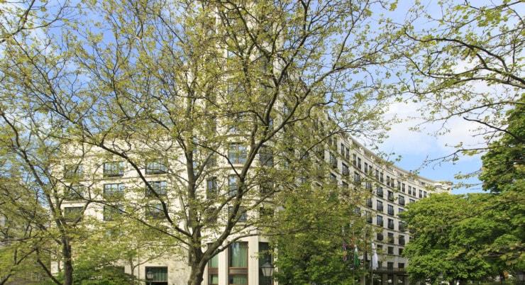 The Charles Hotel - Fasade
