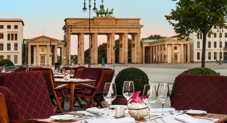 Adlon Kempinski Berlin - terrasse mit Blick