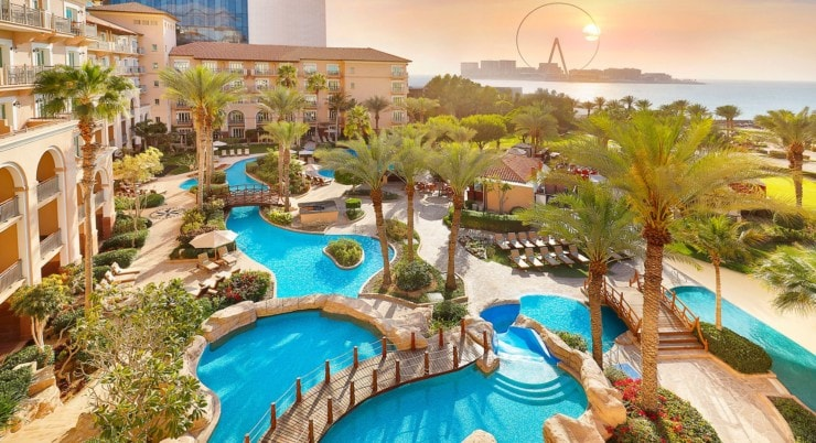 The Ritz-Carlton Dubai - pool und meer